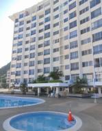 Apartamento En Ventaen Parroquia Caraballeda, Caribe, Venezuela, VE RAH: 20-14512