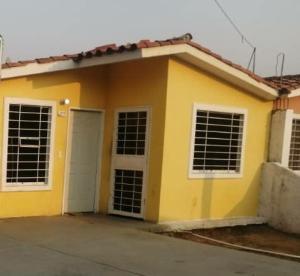 Casa En Alquileren Barquisimeto, Parroquia Tamaca, Venezuela, VE RAH: 20-14515
