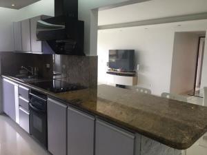 Apartamento En Ventaen Caracas, Terrazas Del Avila, Venezuela, VE RAH: 20-14821