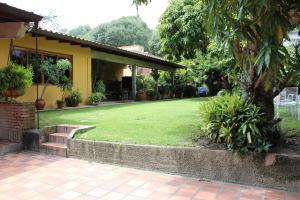 Casa En Ventaen Caracas, Prados Del Este, Venezuela, VE RAH: 20-14610