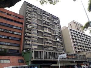Apartamento En Ventaen Caracas, Parroquia La Candelaria, Venezuela, VE RAH: 20-14649