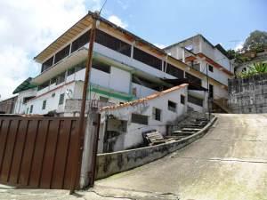 Galpon - Deposito En Alquileren Carrizal, Municipio Carrizal, Venezuela, VE RAH: 20-14638