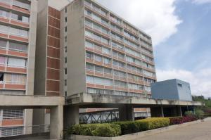 Apartamento En Ventaen Caracas, El Encantado, Venezuela, VE RAH: 20-14670