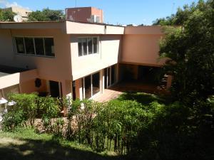 Casa En Ventaen Caracas, Lomas De Chuao, Venezuela, VE RAH: 20-14691