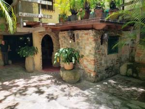 Casa En Ventaen Caracas, Los Palos Grandes, Venezuela, VE RAH: 20-14697