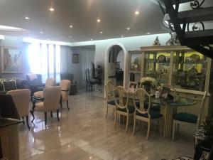 Apartamento En Ventaen La Guaira, Macuto, Venezuela, VE RAH: 20-14715