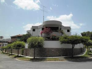 Casa En Ventaen Caracas, Macaracuay, Venezuela, VE RAH: 20-14785