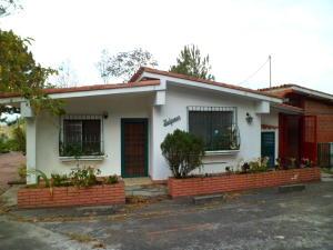 Casa En Ventaen San Diego De Los Altos, Parcelamiento El Prado, Venezuela, VE RAH: 20-14857