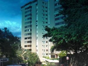 Apartamento En Ventaen Caracas, Los Naranjos Del Cafetal, Venezuela, VE RAH: 20-14970