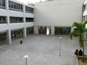 Apartamento En Ventaen Caracas, Los Chaguaramos, Venezuela, VE RAH: 20-14978