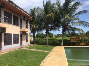 Apartamento En Ventaen Higuerote, Higuerote, Venezuela, VE RAH: 20-15090