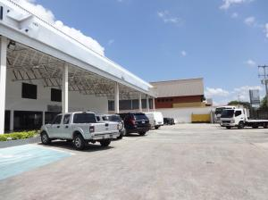 Galpon - Deposito En Ventaen Guarenas, Zona Industrial Maturin, Venezuela, VE RAH: 20-15138
