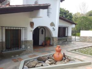 Casa En Ventaen Caracas, Terrazas Del Club Hipico, Venezuela, VE RAH: 20-15247