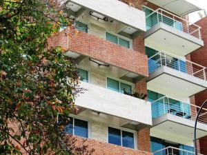 Apartamento En Ventaen Caracas, Campo Alegre, Venezuela, VE RAH: 20-15217