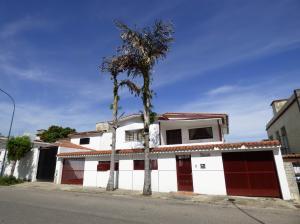 Casa En Ventaen Caracas, Santa Monica, Venezuela, VE RAH: 20-15267