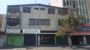 Apartamento En Ventaen Barquisimeto, Centro, Venezuela, VE RAH: 20-15324