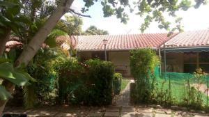 Casa En Ventaen Higuerote, Higuerote, Venezuela, VE RAH: 20-15380