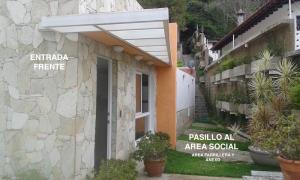 Casa En Alquileren Caracas, El Placer, Venezuela, VE RAH: 20-15386