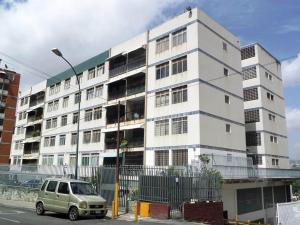 Apartamento En Ventaen Caracas, Los Chaguaramos, Venezuela, VE RAH: 20-15410