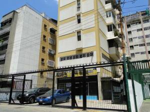 Apartamento En Ventaen Caracas, Las Delicias De Sabana Grande, Venezuela, VE RAH: 20-15494