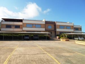 Apartamento En Ventaen Margarita, Guacuco, Venezuela, VE RAH: 20-15497
