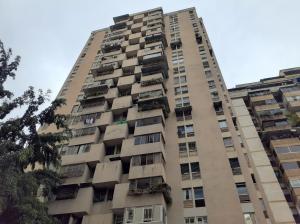 Apartamento En Ventaen Caracas, Parroquia La Candelaria, Venezuela, VE RAH: 20-15535