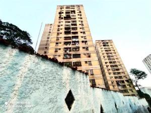 Apartamento En Ventaen Caracas, San Martin, Venezuela, VE RAH: 20-15581