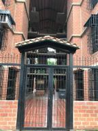 Apartamento En Ventaen Guarenas, Nueva Casarapa, Venezuela, VE RAH: 20-16199
