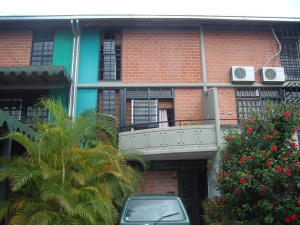 Townhouse En Ventaen Guarenas, Nueva Casarapa, Venezuela, VE RAH: 20-15687