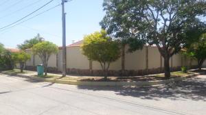 Casa En Ventaen Margarita, Luisa Caceres De Arismendi, Venezuela, VE RAH: 20-15712