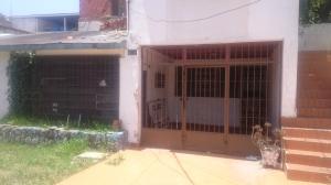 Casa En Ventaen Catia La Mar, Ezequiel Zamora, Venezuela, VE RAH: 20-15724