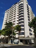 Apartamento En Ventaen Parroquia Caraballeda, Caribe, Venezuela, VE RAH: 20-16104