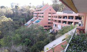 Apartamento En Ventaen Caracas, Los Naranjos Del Cafetal, Venezuela, VE RAH: 20-15752