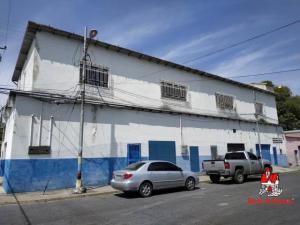 Local Comercial En Alquileren Maracay, Santa Rosa, Venezuela, VE RAH: 20-15826
