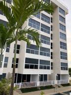 Apartamento En Ventaen Higuerote, Puerto Encantado, Venezuela, VE RAH: 20-23088