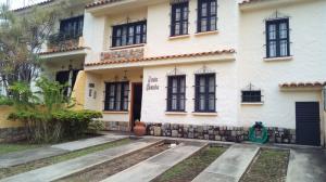 Townhouse En Ventaen Municipio Naguanagua, El Rincon, Venezuela, VE RAH: 20-15986
