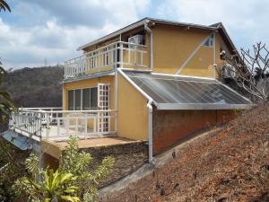 Casa En Ventaen Caracas, Karimao Country, Venezuela, VE RAH: 20-16171
