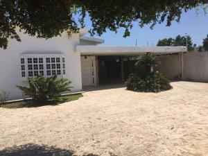 Casa En Ventaen Ciudad Ojeda, Avenida Vargas, Venezuela, VE RAH: 20-16220