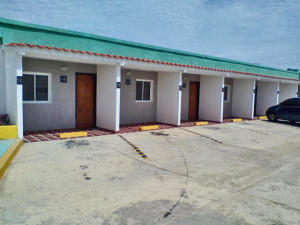 Edificio En Ventaen Punto Fijo, Guanadito, Venezuela, VE RAH: 20-16248