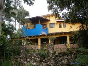 Casa En Ventaen Paracotos, Parques Del Sur, Venezuela, VE RAH: 20-16322