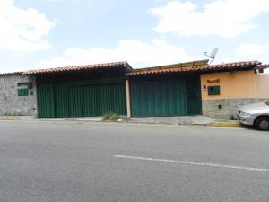 Casa En Ventaen Caracas, Alto Prado, Venezuela, VE RAH: 20-16327