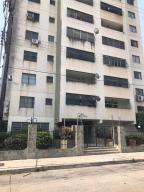 Apartamento En Ventaen Valencia, Avenida Bolivar Norte, Venezuela, VE RAH: 20-16341