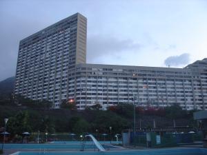 Apartamento En Ventaen Parroquia Caraballeda, Los Corales, Venezuela, VE RAH: 20-16335