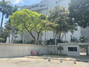 Apartamento En Ventaen Caracas, Las Mesetas De Santa Rosa De Lima, Venezuela, VE RAH: 20-16261
