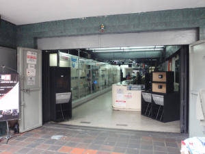 Local Comercial En Ventaen Caracas, Parroquia Santa Teresa, Venezuela, VE RAH: 20-16417