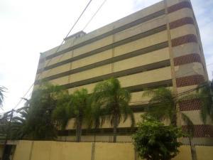 Apartamento En Alquileren Parroquia Caraballeda, Caribe, Venezuela, VE RAH: 20-16423