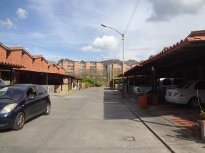 Townhouse En Ventaen Guarenas, Nueva Casarapa, Venezuela, VE RAH: 20-16441