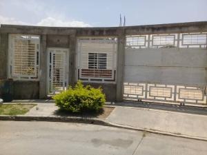 Casa En Ventaen Cagua, La Ciudadela, Venezuela, VE RAH: 20-16510