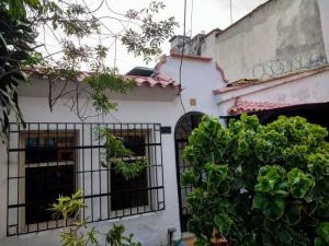Local Comercial En Ventaen Caracas, San Martin, Venezuela, VE RAH: 20-16511