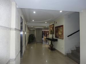 Apartamento En Alquileren Valencia, Los Mangos, Venezuela, VE RAH: 20-16561